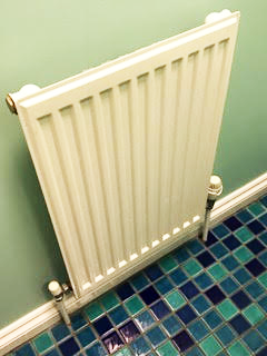 Fitting bathroom radiator