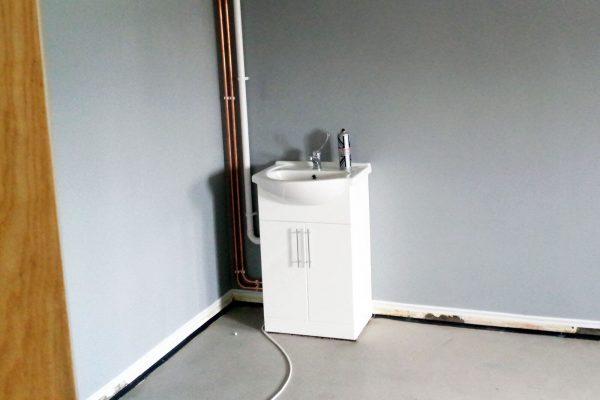 carefurbish-handyman-tiles-needed-above-sink